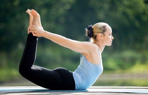 esercizi-yoga-schiena