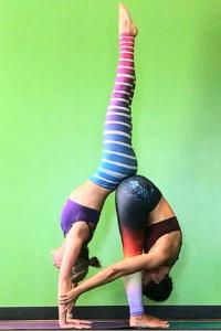 posizioni-yoga-coppia-difficili