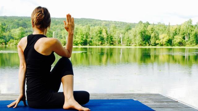 torsioni-yoga-benefici