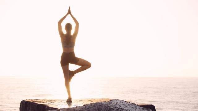 posizioni-yoga-illustrate
